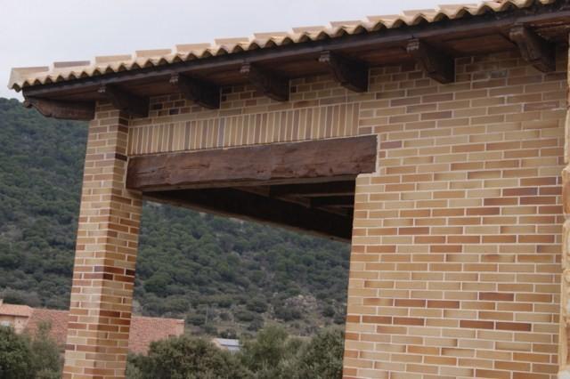 Prefabricados extremadura 2002 hormig n imitaci n for Fabricacion de piscinas de hormigon