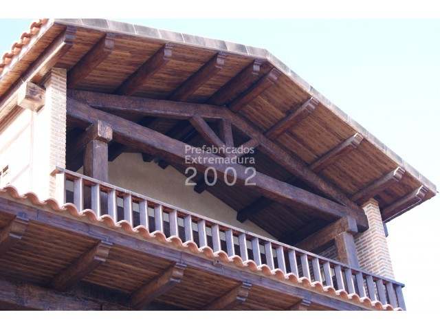 Prefabricados extremadura 2002 productos cerchas for Tejado de madera o hormigon